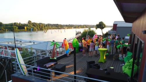Soirée-entreprise-nantes-sunset-party-nantes